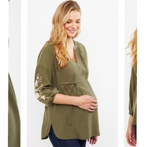Floral embroidered sleeve maternity top